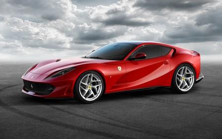 Что покажут в Женеве: Ferrari 812 Superfast с масималкой в 340 км/ч