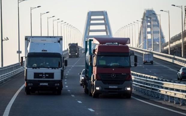 Дальнобойщики заплатят? В Украине намерены брать деньги за проезд грузовиков