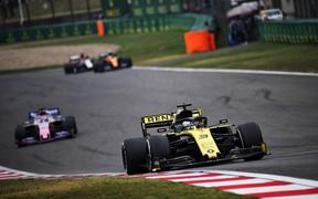 Даниэль Риккардо заработал первые очки на Гран-при Китая