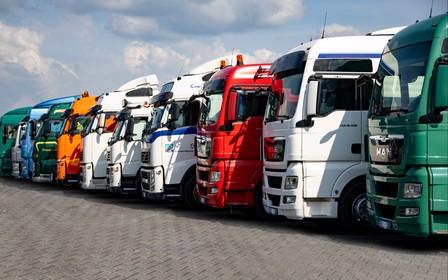 Де купити вантажне авто чи спецтехніку