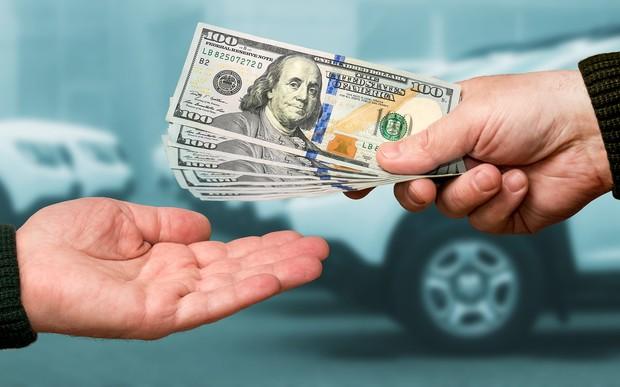Деньги есть? Почти $2,5 млрд потратили украинцы на импортные авто в 2020-м
