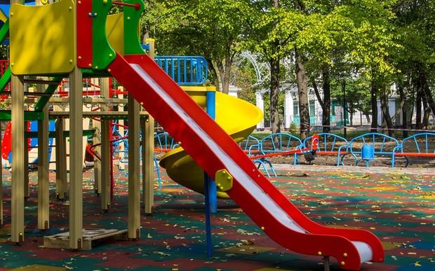 Детские площадки сделают более безопасными
