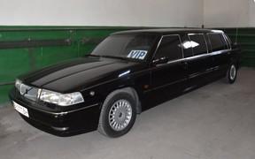 Длинный Volvo с малым пробегом: в Одессе «нашли» редкий лимузин