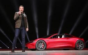 Дотянет до зарплаты? Tesla рискует обанкротиться через 10 месяцев - Маск.