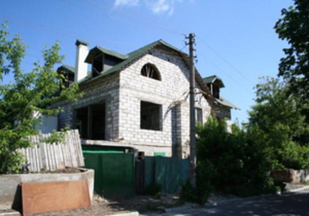 Эксперты: Загородный дом под Киевом стоит столько же, сколько и трехкомнатная квартира в столице