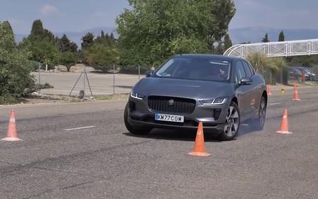 Электрический кроссовер Jaguar I-Pace чуть не запорол «лосиный тест». ВИДЕО