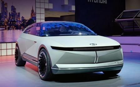 Електричний крос-хетч Hyundai 45 EV 2021