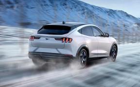 Электро-кроссовер Ford Mustang Mach-E будет ехать как Macan Turbo