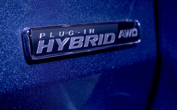 Ford представляє нову лінійку електрифікованих автомобілів