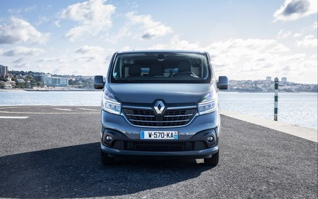 Фургон Renault Trafic: эталонный урбанистичный фургон