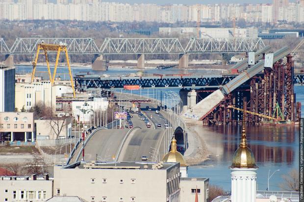 Гаванский мост в Киеве открыт с одной стороны