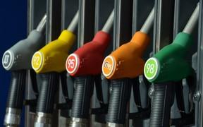 Где больше «пьют»? Топ областей Украины по потреблению топлива. ИНФОГРАФИКА
