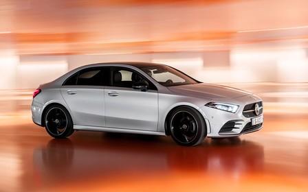 Генерация «A»: Mercedes-Benz представил компактный седан нового поколения