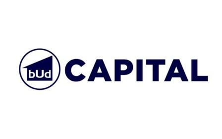 График работы отделов продаж компании BudCapital на 8 марта