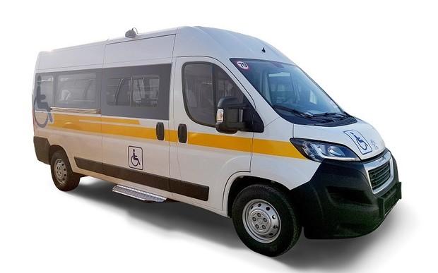 Группа компаний АИС осуществила поставку специальных автомобилей Peugeot Boxer для Фонда социальной защиты инвалидов.