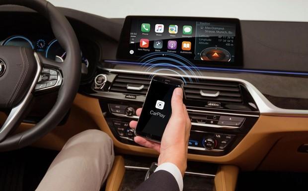 Идея, что понравится не всем. BMW будет просить абонплату за Apple CarPlay