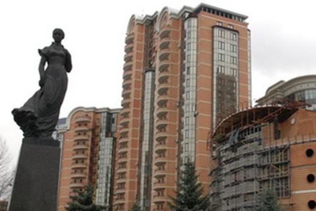 Инвестиции в элитную недвижимость Киева снизились почти в 2 раза