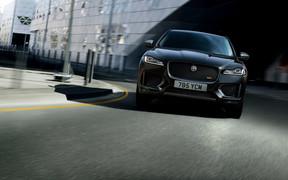 «Jaguar представив нові модифікації 300 Sport та Cheqyered Flag для кросовера F-Pace»