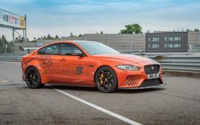 Jaguar XE SV Project 8, найшвидший у світі седан, побив свій власний рекорд проходження траси Нюрбургринг Нордшляйфе