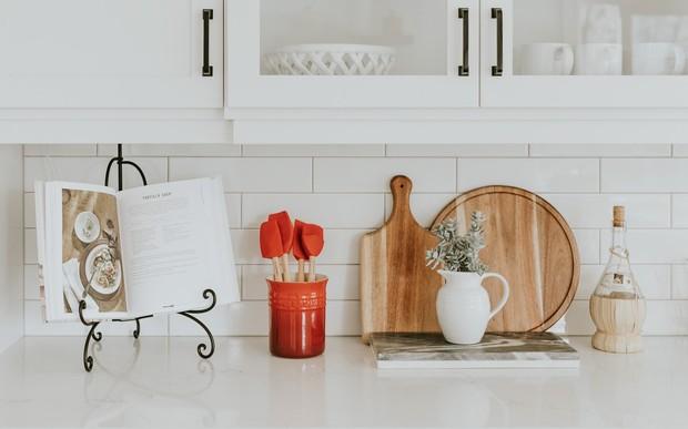 Як оформити кухонний фартух