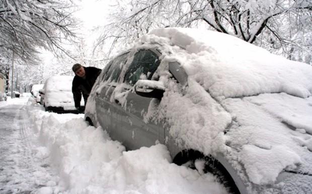 Как подготовить автомобиль к зиме: Прогрев мотора и вязкость масла