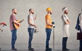 Как правильно искать работу за границей?