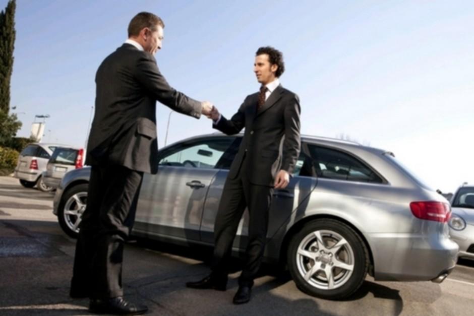 В каких случаях можно отказаться от покупки машины автосалоне