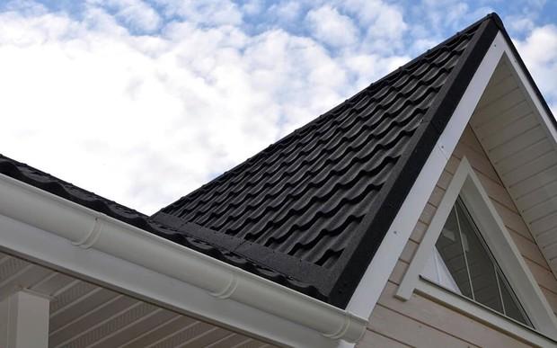 Який матеріал покрівельного покриття кращий для будинку