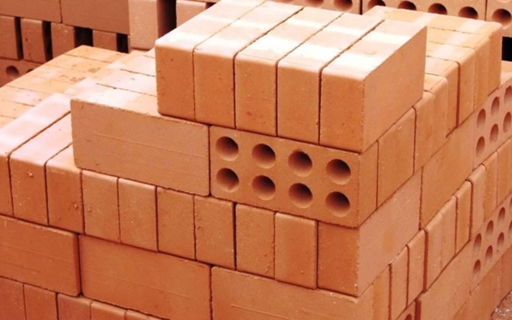 Наиболее важные преимущества и недостатки стен из кирпича