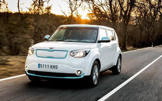Kia в Україні встановлює спеціальну ціну $29 900 на електромобіль Soul EV