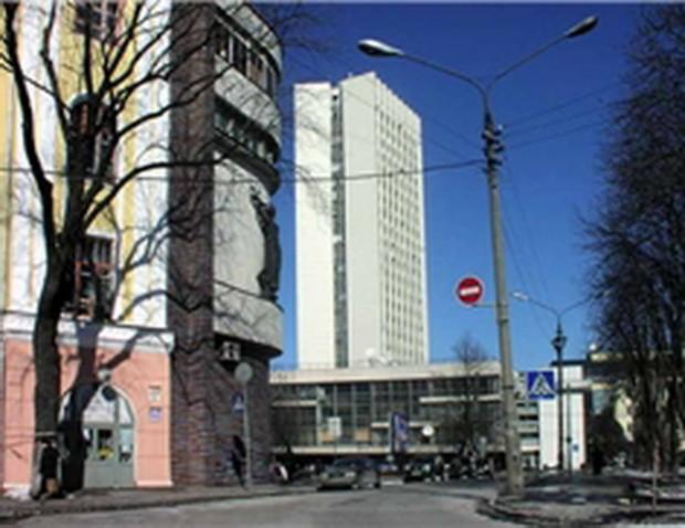 Киев: на Львовской площади появится новый торговый центр