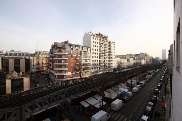 Колесников обещает Киеву наземное метро