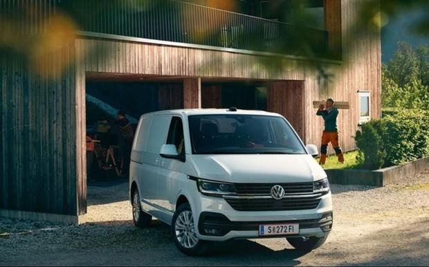 Комерційні автомобілі також переходять на новий бренд-дизайн