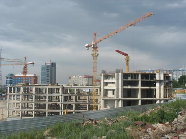 Конца кризиса не видно. Объемы строительных работ продолжают падать