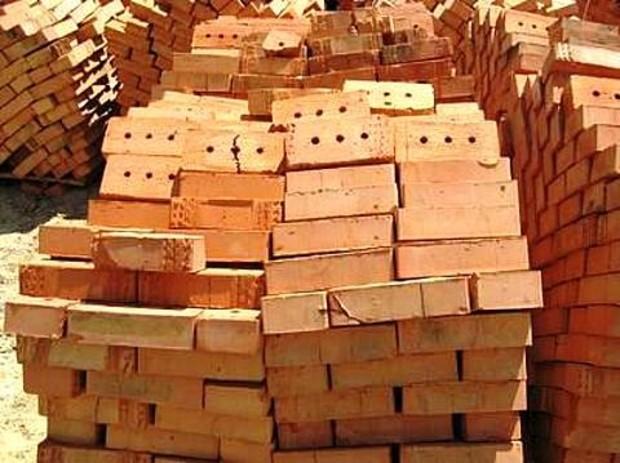 Кризис уничтожил почти 1,5 тыс. строительных организаций