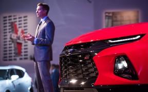 Кроссовер с внешностью «Камаро»: Chevrolet показал новый Blazer