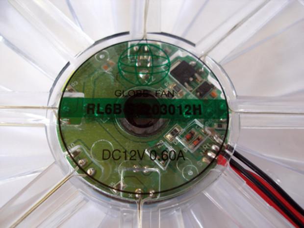 Крымчанам ограничили потребление электричества до 3 кВ в час