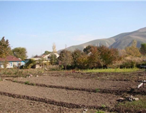 Крымским татарам пообещали землю