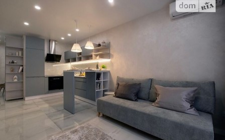 Квартира недели: светлая квартира на Днепровской набережной