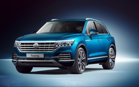 Лімітований склад авто VW Touareg з вигодою 420 000 грн. в автосалоні «КарпатиАвтоцентр»!