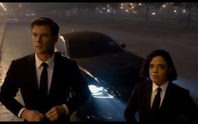 «Люди в черном» выбрали Lexus RC F. ВИДЕО
