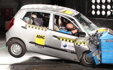Маленькі автомобілі небезпечніші за спорткари