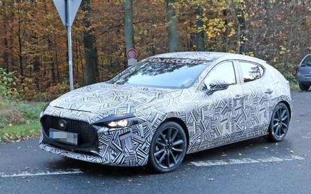 Mazda3 нового поколения снаружи и внутри