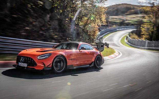 Mercedes-AMG GT установил новый рекорд Нюрбургринга. ВИДЕО
