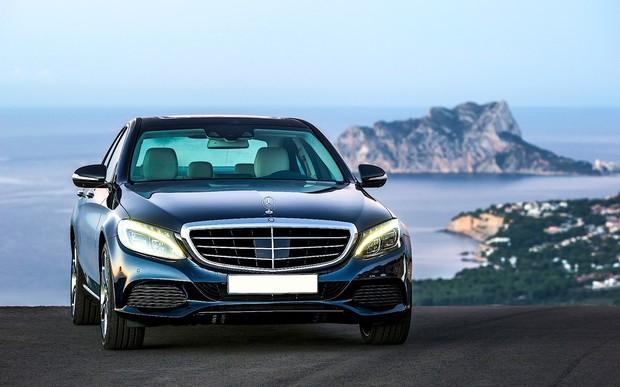Mercedes-Benz C-Class з пробігом. Що можна купити зараз?