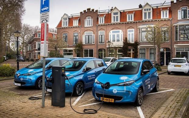 Мировая новинка: Groupe Renault начинает пилотный проект масштабного оснащение электромобилей системой зарядки по технологии Vehicle-to-grid
