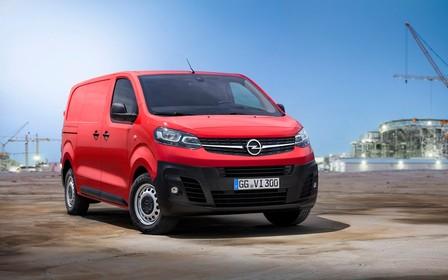 Багато на себе бере? Новий Opel Vivaro приїхав до України