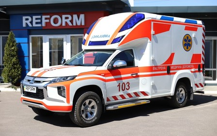 На базі Mitsubishi L200 створили автомобіль екстреної медичної допомоги Reform Infina