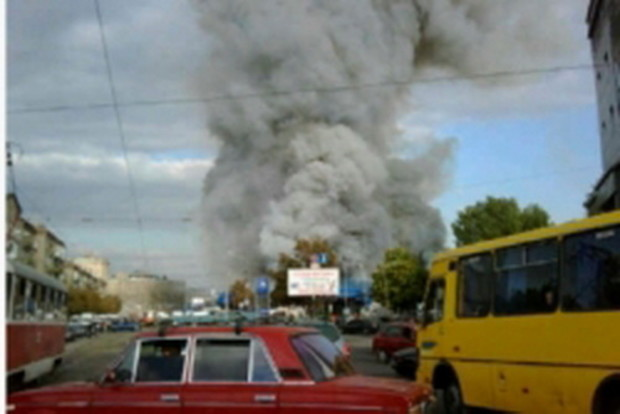 На месте сгоревшего вещевого рынка в Днепропетровске построят торговый комплекс