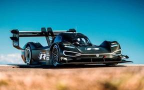 «На новий рекорд Нюрбургринга! Спортпрототип Volkswagen I.D.R їде на літній заїзд »